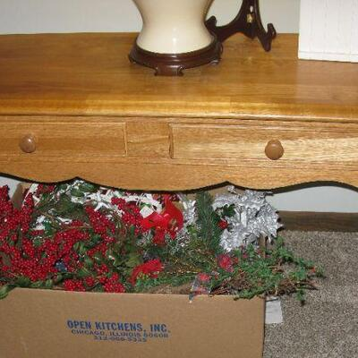 sofa table   BUY IT NOW $ 60.00