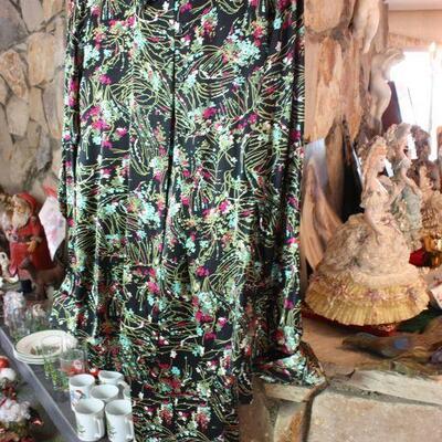 Vintage Women's Clothing