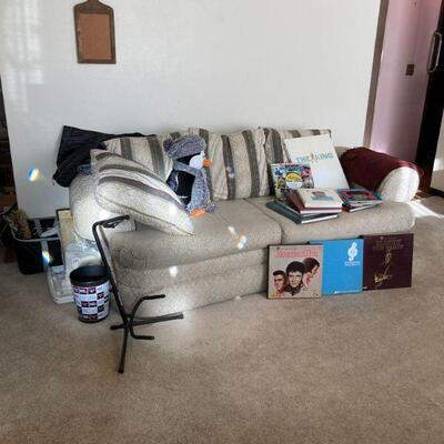 Sofa, Elvis books & albums