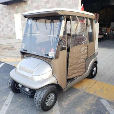 #90 • Club Car Golf Cart SERIAL NO. Serial No: PQ0635-671482 Includes 1 Ignition Key And 2 Glove Box Keys NO CHARGER