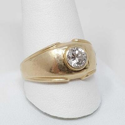 256	  14k Gold Ring With Diamond, 7.8g Weighs Approx 7.8g. Diamond Size .85ct. Size 12.