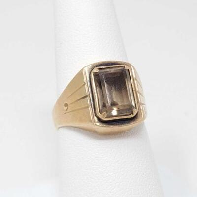 #291 • 14k Gold Ring With Semi Precious Stone, 5.9g