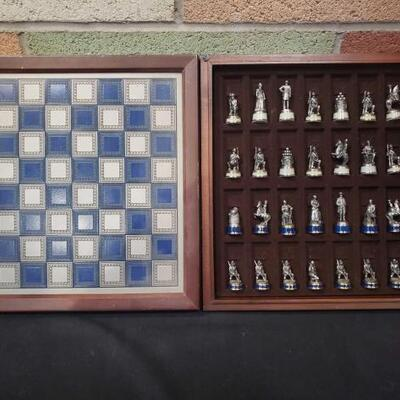 #922 • Complete Chess Set with Board and Game Pieces