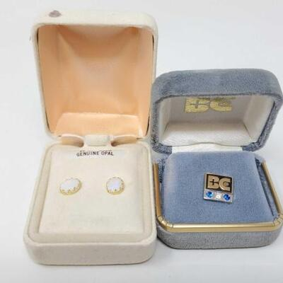 266	  14k Gold Pin With Diamond And 14k Gold Earrings With Opal, 2.6g Weighs Approx 2.6g