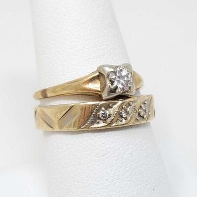222	  Two 14k Gold Diamond Ring, 4.2g Weighs Approx 4.2g. Sizes 7.5-9 CT Size .40 and .05