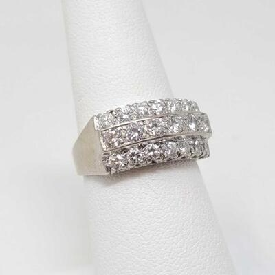 254	  14k Gold Ring With Diamonds, 5.1g Weighs Approx 5.1g. Size 7. Stone Size Approx 1/16 Ct