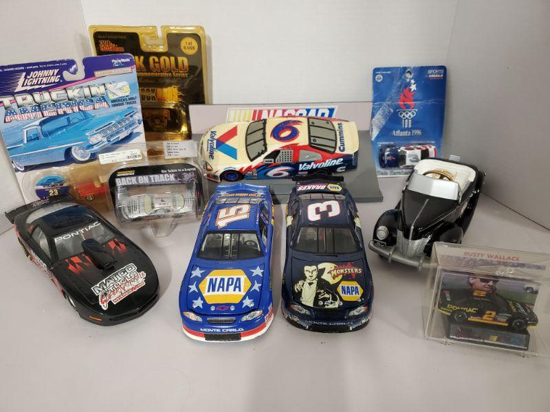 Collection of diecast cars from Racing Champions, Johnny Lightning, Action and more.  https://ctbids.com/#!/description/share/768468