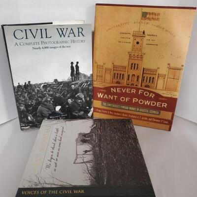 Books on Civil War includes 3 Time Life Voices of The Civil War, Civil War A Complete Photographic History and Never For Want of Powder,...