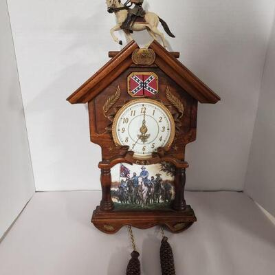 2007 Limited edition Hour of Glory Robert E. Lee cuckoo clock by John Paul Strain. No A3772. When clock strikes the hour, a cannon pops...