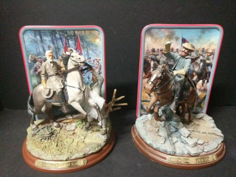 """General Rovert E. Lee limited edition """"Glory in Gray"""" from the Bradford Exchange measures 7.5"""" tall (Plate No. A1180) Major General J.E.B. Stuart limited edition """"Glory in Gray"""" from the Bradford Exchange measures 7.5"""" tall (Plate No. A1566). https://ctbids.com/#!/description/share/768454"""