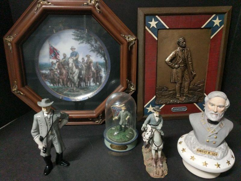 "The Gallant Men of the Civil War Series of commemorative plates by the Bradford Exchange. Bradex Number 84-B10-209.1, Plate No. 14189D. Comes with other General Lee figurines and a brass wall hanging (10""x12"").  https://ctbids.com/#!/description/share/768489"