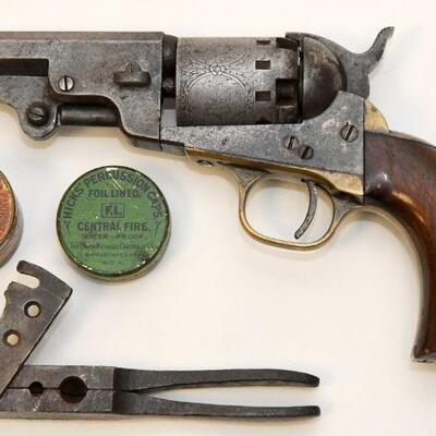 Manhattan pocket revolver with bullet mold