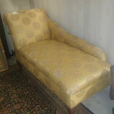 chaise lounge  200.00