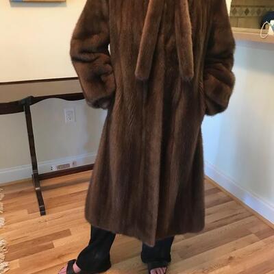 Brown size 8 mink coat $500