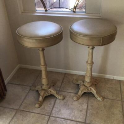 Iron base bar stools swivel