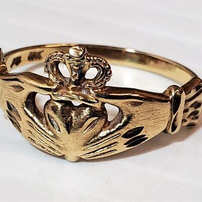 Vintage Claddagh 10K Gold Ring Sz 9 Heart in Hand