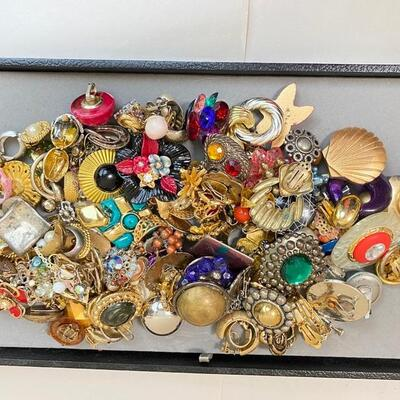 All Clip-on Earrings - mixed assortment