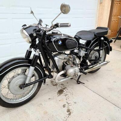 1955 Vintage BMW Motorcycle VIN: 555779 Plate:  YEMC2N Motor No: 555779   Note: Arizona title on hand,  AZ title in hand