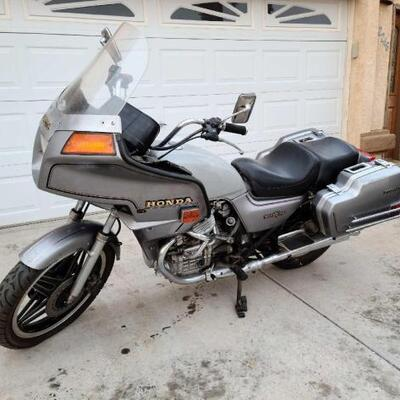 1982 Honda SilverWing Interstate VIN: JH2PC021XCM105936 Plate:  MCJ8BC Mileage: 68124 Motor No: PC02E-2112074