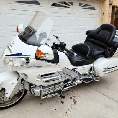 2005 Honda Goldwing VIN: 1HFSC474X5A405760 Plate:  MC374V Mileage:  Notes: Arizona title on hand,