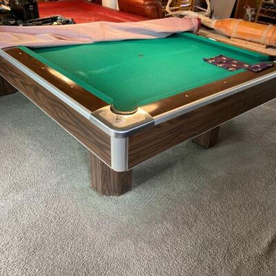 Brunswick regulation size Centurion pool table