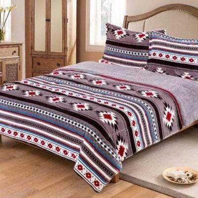 16  King Size 3 pc Borrego comforter set with southwest design. King Size 3 pc Borrego comforter set with southwest design. Sherpa lined...