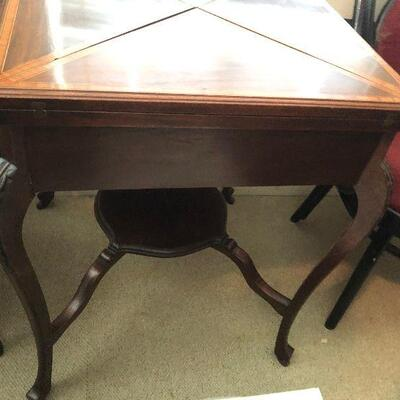 https://www.ebay.com/itm/124695374200WRY5016 Antique Inlayed Gaming Folding TableAuction