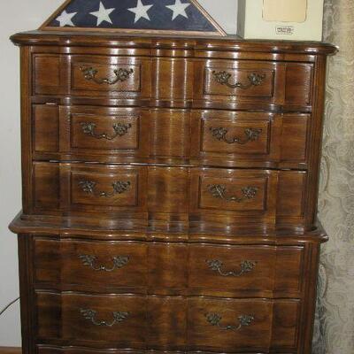 Thomasville dresser  BUY IT NOW $ 195.00