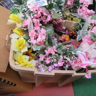 FAUX FLOWERS, BASKET LOT