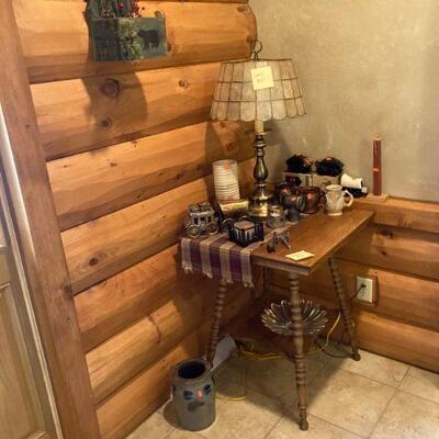 Oak plant table
