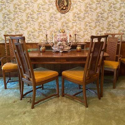 https://www.ebay.com/itm/114779766708	CV9005 Mid Century Modern Dinning Room Chairs (6 ; 2 Captain and 4 Reg) -4/30/21 Pickup Only (No...