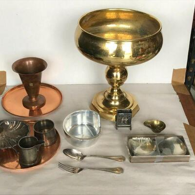 https://www.ebay.com/itm/114791781126	CC7031 Lot Of Metal Decorative Items (Copper, Silver Plate, Etc.)		Buy-It-Now	 $25.00