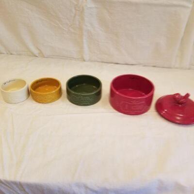 Pier 1 measuring cups