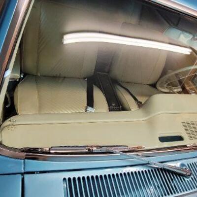 1965 Pontiac GTO windshield detail