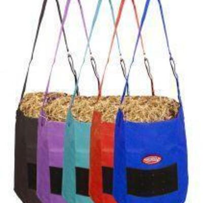 128 2 Black Showman ® Nylon Feed Bag Only Includes 2 Black Feed Bags