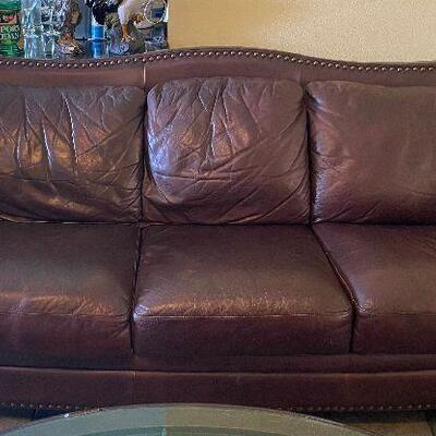 https://www.ebay.com/itm/124706986816TM9337 Vintage Leather Sofa Plush - 3 Day Auction
