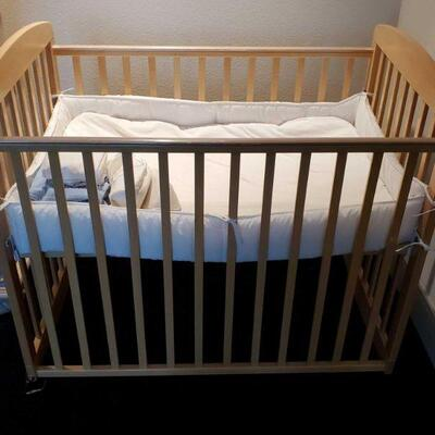 3012  Wooden Crib Measures Approx 39.5