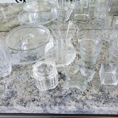 1016  Cake Platter, Vases, Decorative Dishes and More Cake Platter, Vases, Decorative Dishes and More