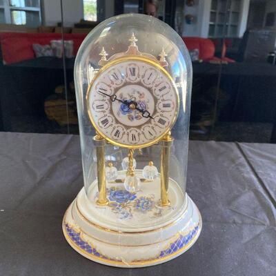 2114: Vintage Bulova Ceramic Mantle Clock