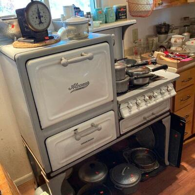 Antique Alcazar porcelain gas stove