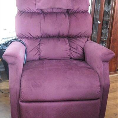 1 of 2 Lift Chairs