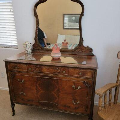 Wood vanity dresser with mirror