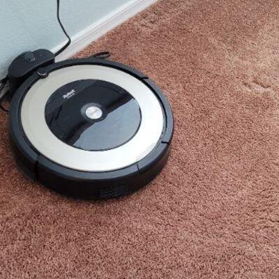 iRobot automatic sweeper