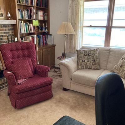 Love seat & rocking recliner