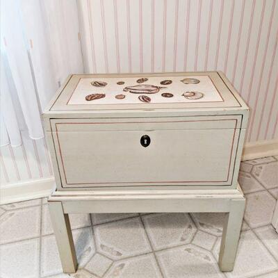 Beautiful box on stand, hinged with hand-painted design