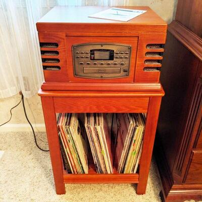 Crosley combination radio, cassette player and record player