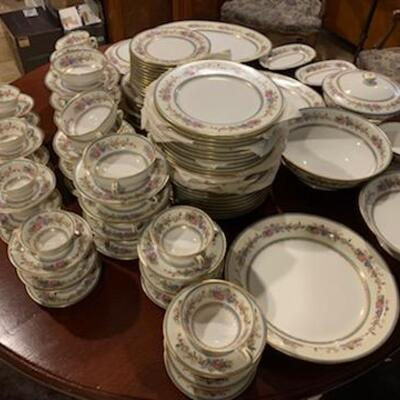 Limoges Charles Ahrenfeld pattern AHR181 China set for 12 with serving pieces