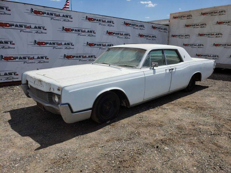 28  1967 Lincoln Continental Vin: 7Y82G819604