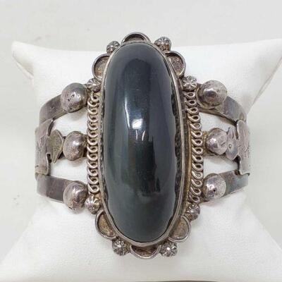 #925 • Native American Onyx Sterling Silver Cuff