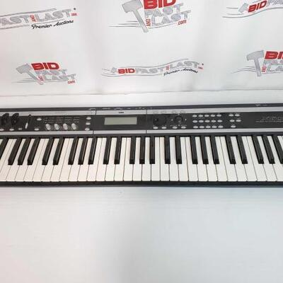 2060  Korg X50-61 Music Synthesizer Korg X50-61 Music Synthesizer